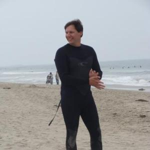 Kurt surfing